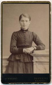 Visitkort gjord av albuminpapper 1880-tal, J.O. Wiklund (privat)