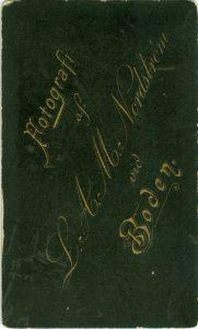 L.A.M. Nordström visitkort Typ 6, baksida (PF142774)