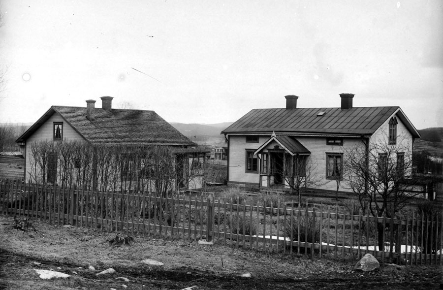 Johan Schöns hem i Järvsö där han även hade sin ateljé, foto: Johan Fredrik Schön, Ljusdalsbygdens museum (LJM-js-8).