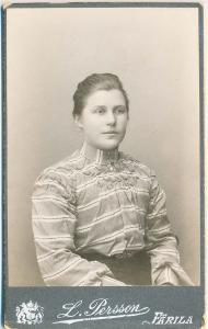 L. Persson visitkort Färila (P202_0003F).