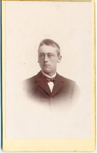 E.O. Redin visitkort, fram (P213_0005F).