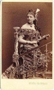 Visitkort av fotografen Gösta Florman, Stockholm, ca. 1880-tal (P106_0008F).