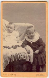 Hilda Isaeus visitkort Varberg (PF113071).