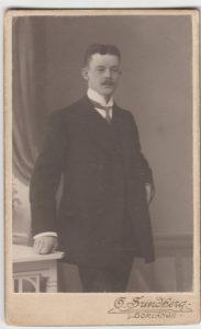 O. Sundberg visitkort Borlänge (PF186770).