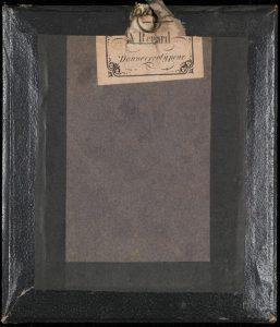 Daguerreotyp av W. Renard, bak (AFM.MAT.DAG-013).